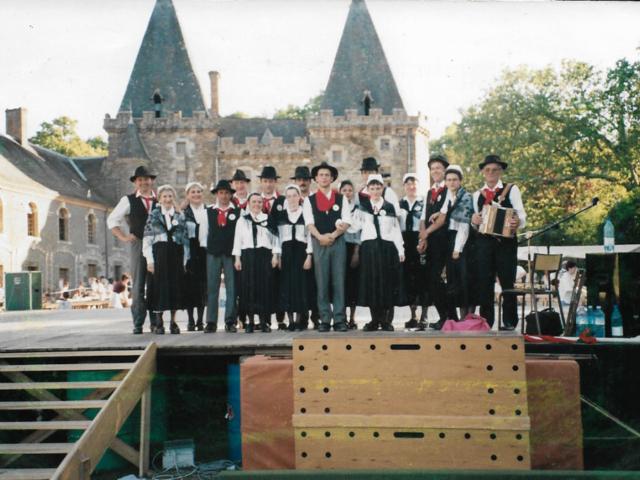 Groupe Folklorique Aizenay